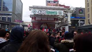 Toronto 420 Dundas Square Smoke Out (2015)