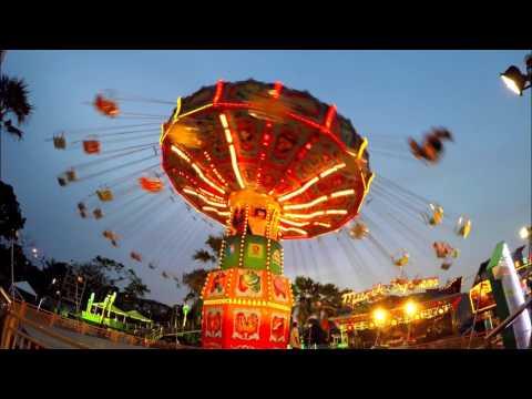 ชิงช้า WAVE SWINGER - สวนสนุก Global Carnival 2016