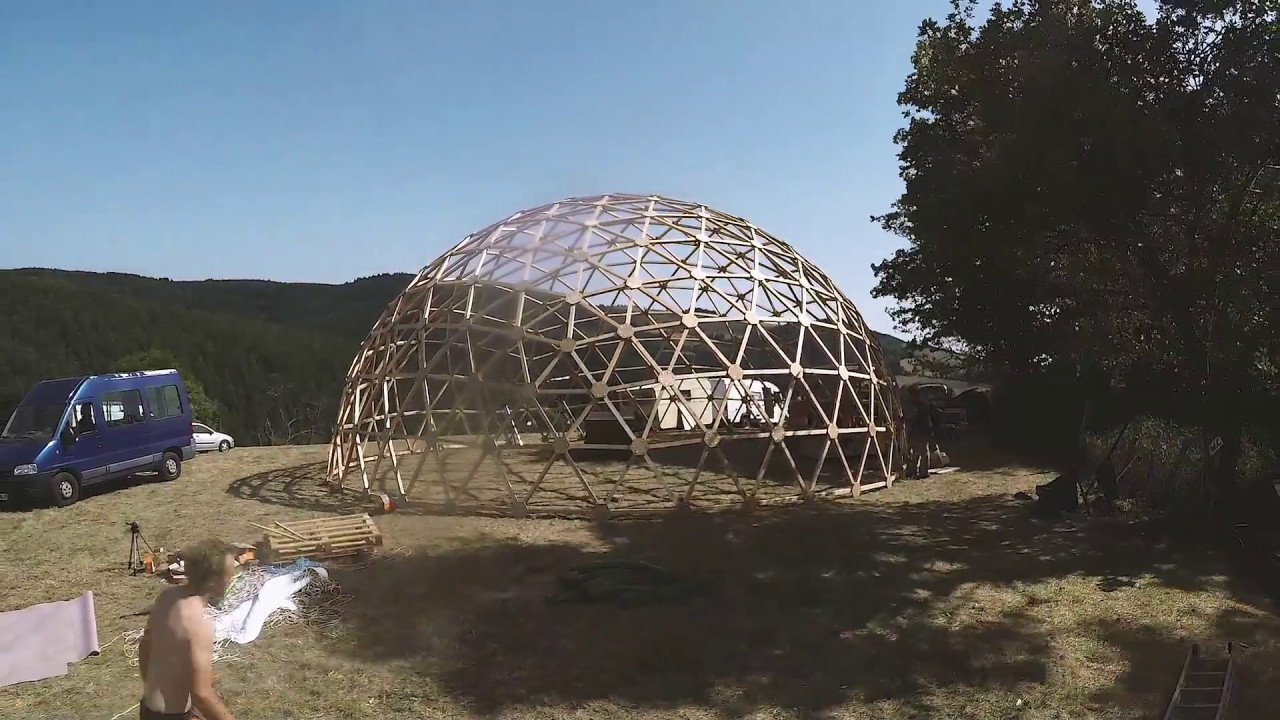 Super TIMELAPSE DOME GEODESIQUE CONSTRUCTION Berchautière 2017 - YouTube HR03