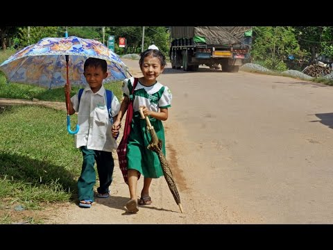 Walking in Ye ( Myanmar)