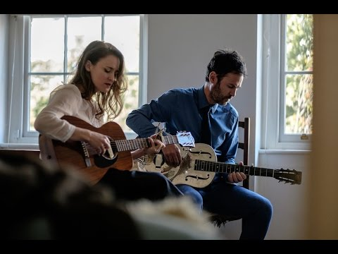 Dawn Landes and Piers Faccini - Heaven's Gate (Acoustic Session)