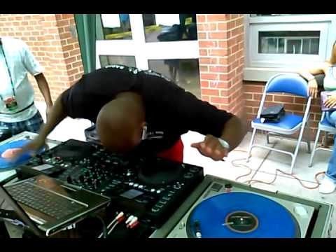 dj psycho d live on the gemini cdmp 7000 and the 12 39 s youtube. Black Bedroom Furniture Sets. Home Design Ideas