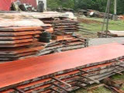 Australian Timber Naturally Milling Log Into Timber Slabs