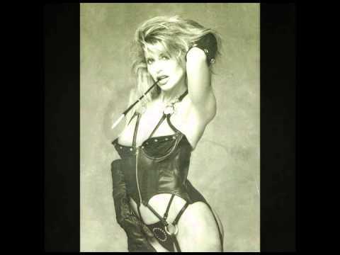 Graphic Thrills: American XXX Movie Posters, 1970 to 1985 (Robin Bougie, 2014)Kaynak: YouTube · Süre: 5 dakika47 saniye