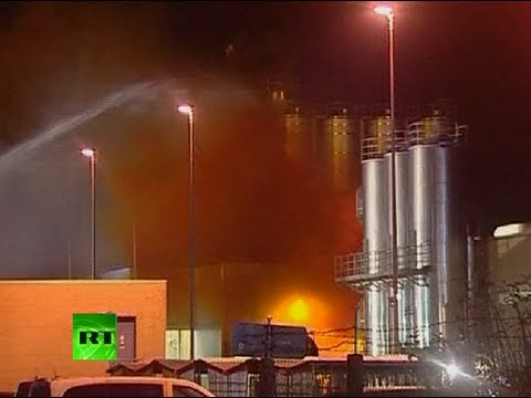 Video: Toxic smoke, fire at Kraft Foods chemical plant in Germany
