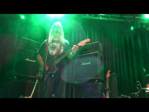 Dinosaur Jr - On stage proposal , Pond song live in Oslo 6 November 2016