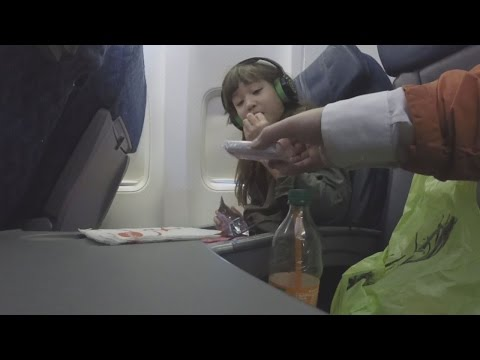 Hidden Camera Shows How Strangers Can Get Close To Unaccompanied Minors on Planes