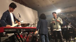 Download Mp3 Hindia - Dehidrasi  Live At Rossi Musik, Jakarta 18/10/2019