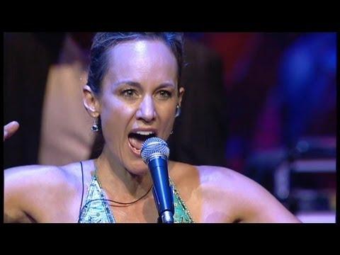 Globus - Preliator (Lisbeth Scott) Live