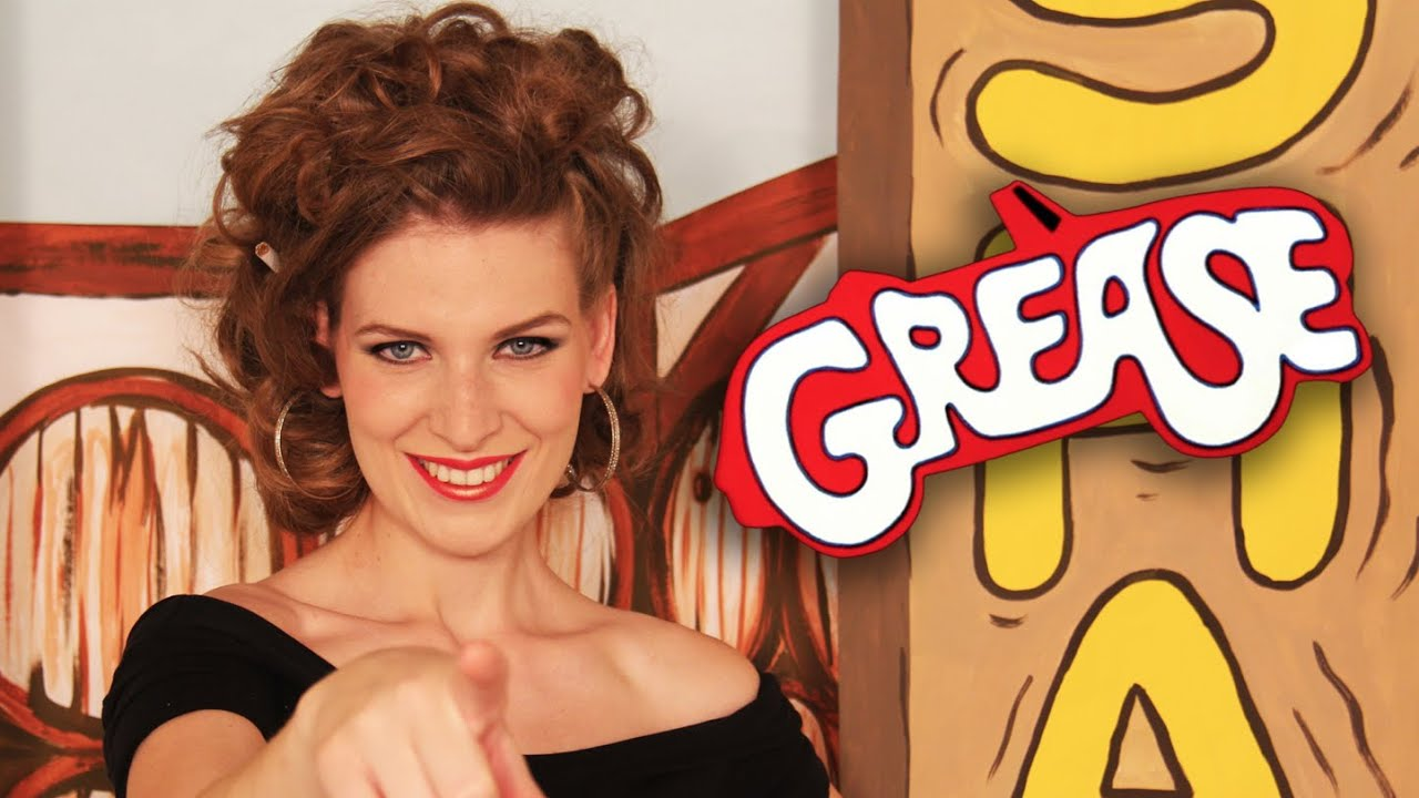 SANDY | Grease Makeup Tutorial (Subtítulos) - YouTube