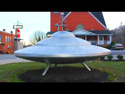 UFO In Town Named Mars, Pennsylvania - Did Aliens Land Here?