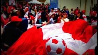 """Peruvian Futbol, """"La Blanca y Roja"""" and Fans."""