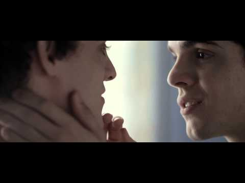 The Way He Looks 2014 Kissing Scene