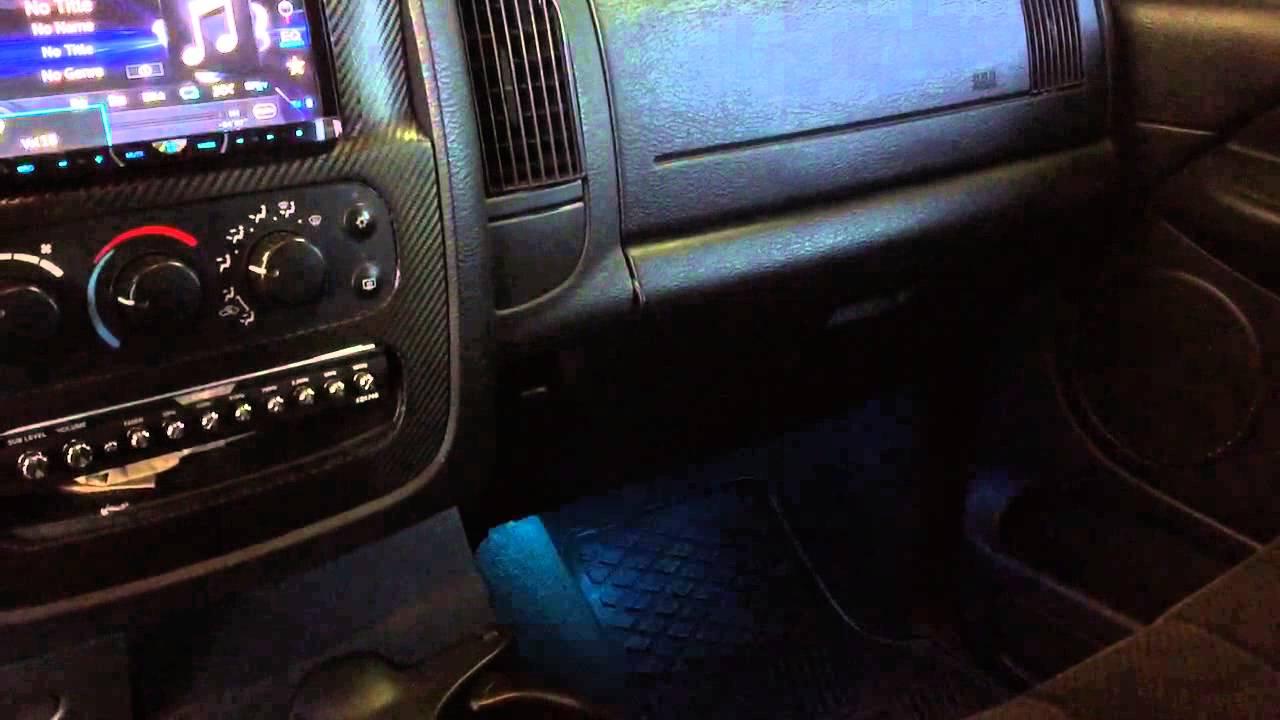 2006 dodge caravan interior lights not working