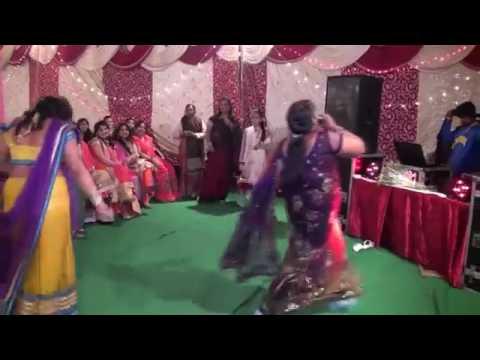 Do Ghut Pila De Sathiya Baki Mere Pe chod di  DESI LADY