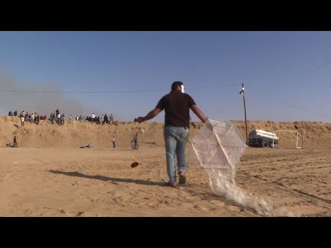 Fire kites from Gaza a burning issue for Israel