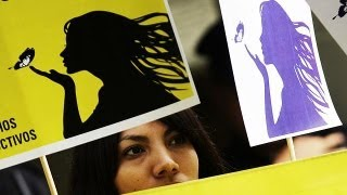 Сальвадор: кесарево сечение против решения суда(http://ru.euronews.com/ В Сальвадоре тяжелобольная беременная женщина, которой Верховный суд запретил аборт, получил..., 2013-05-31T11:37:45.000Z)