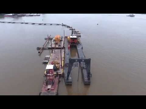 Dredge pumping in the Mississippi River