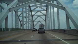 Driving Through Jacksonville, Florida on I-95.