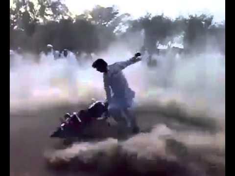 Pakistani MOTORBIKE DRIFT