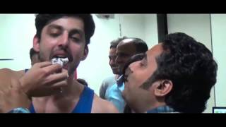 Himansh Kohli's birthday celebration with Jeena Isi Ka Naam Hai team