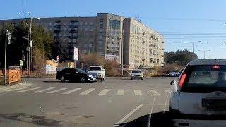 Момент ДТП Kluger vs Aristo в Ангарске 14.10.2018