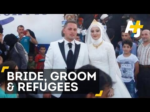 Turkish Bride & Groom Feed 4,000 Syrian Refugees On Their Wedding Day