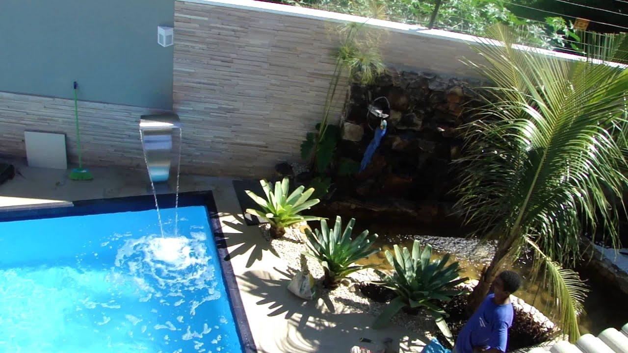 Piscina revestida em fibra de vidro com spa de for Piscinas pool