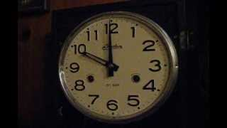 Linden 31-day Wall Clock