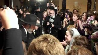 Jewish wedding music band Shir Soul plays The Badekin at Shelter Rock Jewish Center