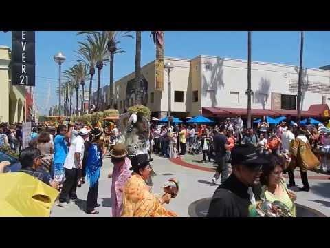 Event @ The Block Of Orange 100% Morenada Bolivian