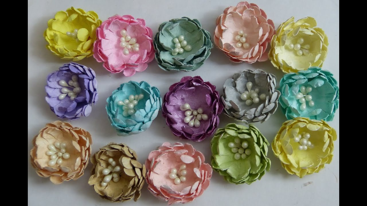 Diyeasy To Make Scallop Punch Paper Flowers Tutorial By Sacrafters