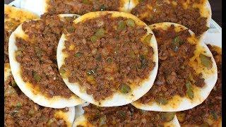 lahim bi ajin, meat on bread, middle eastern pizza لحم عجين طريقه ممتازة