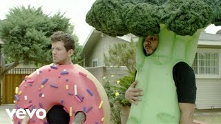 Dillon Francis - Exit Through The Donut Hole (I Can't Take It) (Video)
