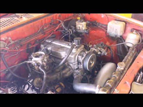 Rebuilding engine Mazda 2.2 Ajuste de motor.