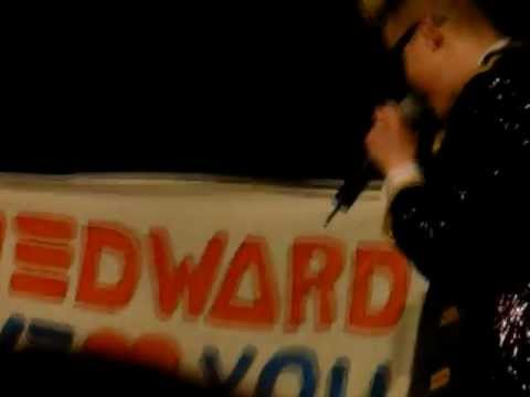 Jedward concert in Hamburg 18.01.2012 fan gifts