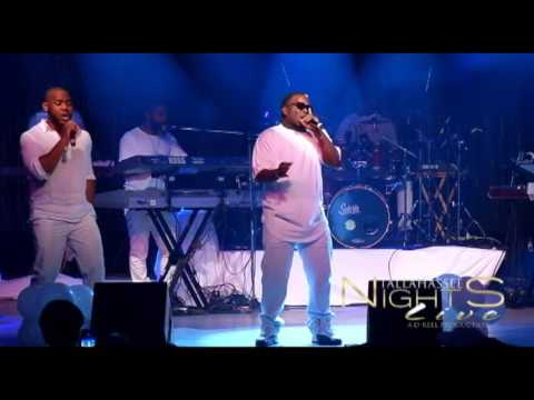 DONNELL DAVIS PERFORMS H-TOWN'S