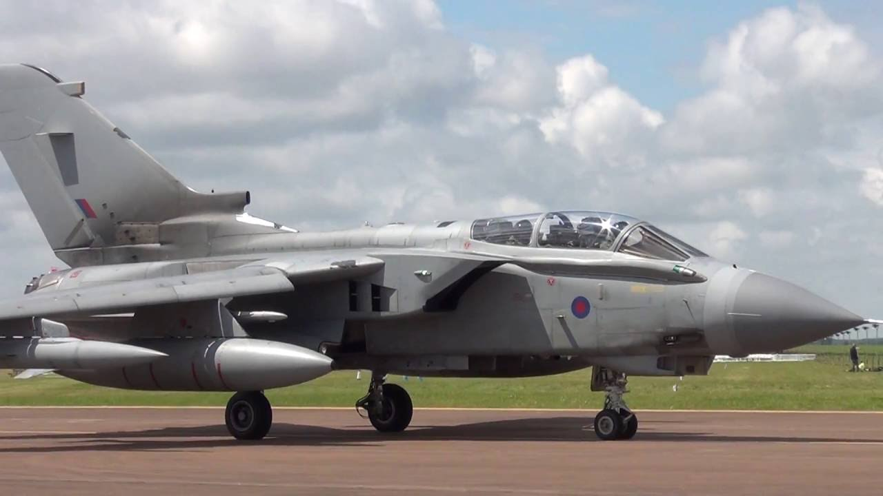 Monday Departures (East Park & View) RIAT Fairford 11-07-2016 Part 5/6