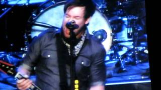 "David Cook ""Heroes"" w/""Champagne Supernova"" (Cover) @ Pechanga Resort, Temecula, CA 12.30.09"