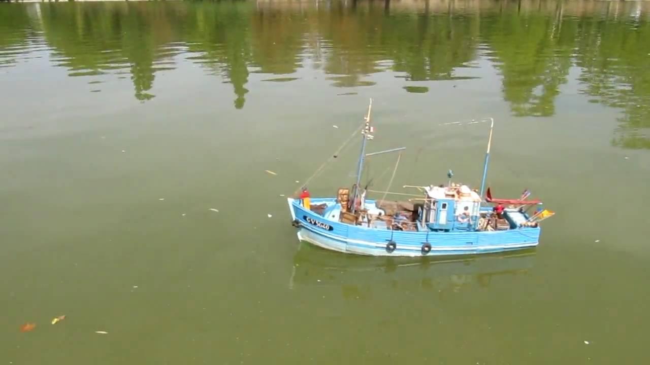 bateau de peche modelisme
