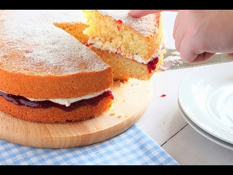 How to bake a Victoria Sponge - The Boy Who Bakes