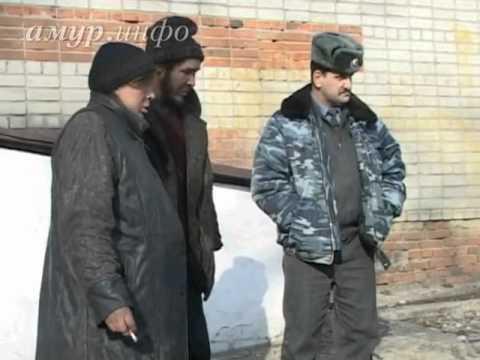 В Белогорске беременная женщина живёт в колодце ...