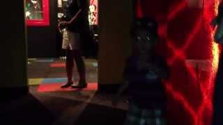 Java Kawin Dancing @ Guinness World Records Museum Hollywood