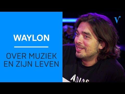 Waylon praat openhartig met Giel over muziek en zijn leven