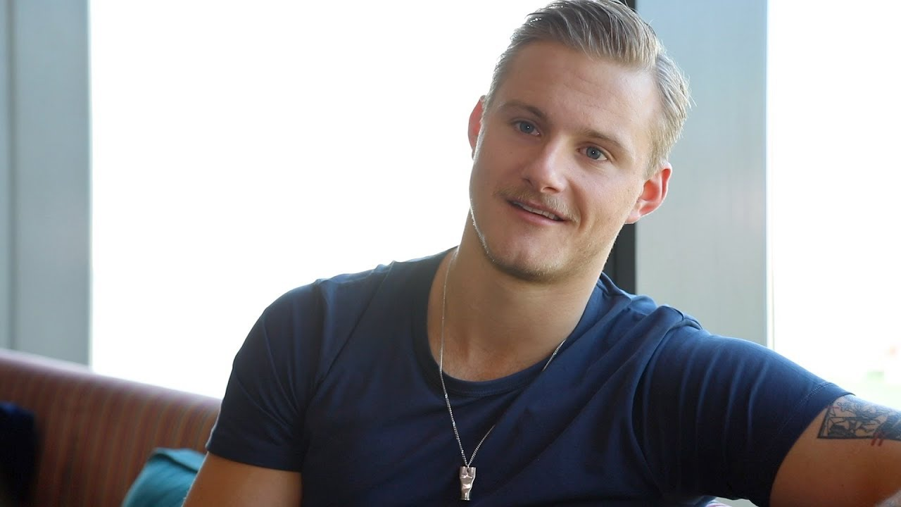 butt Alexander Ludwig naked photo 2017