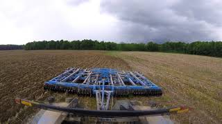NEW HOLLAND T9 QUADTRAC PULLING 30 FOOT CHISEL PLOW