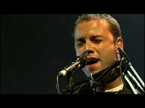 Muse - Butterflies And Hurricanes @ Glastonbury Festival 2004 [Absolution Tour]