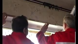 видео как клеить фотообои на стену