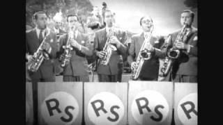 Raymond Legrand et son Orchestre sur scène en 1941