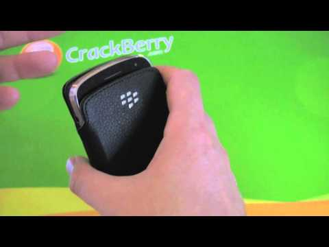 BlackBerry Bold 9930 / 9900 Leather Pocket Pouch